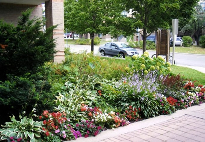 4 innovative ideas for your small front yard innovative for Small garden landscaping ideas