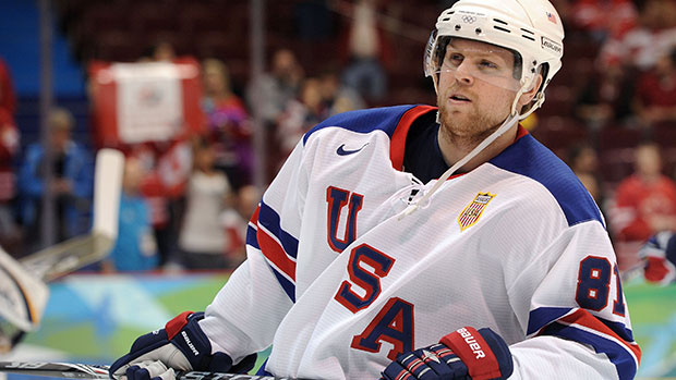 Pittsburgh Penguins Acquire Phil Kessel in free agency trade.